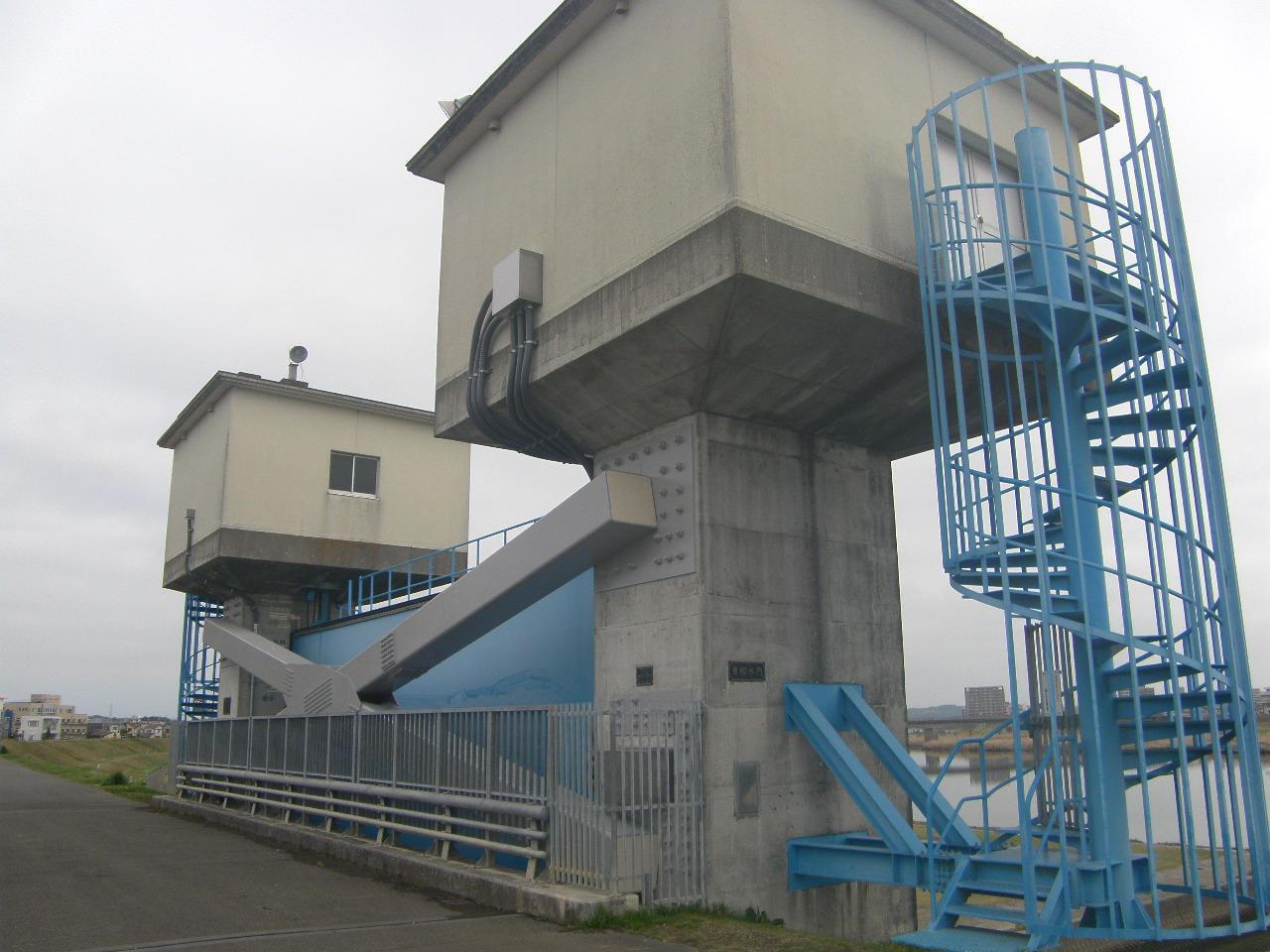 大谷川水門外補強工事